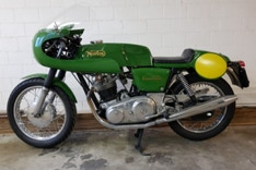 Norton Commando 850ccm Norvil 1975